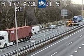 A73 dicht bij Wijchen door ongeluk met vrachtwagen