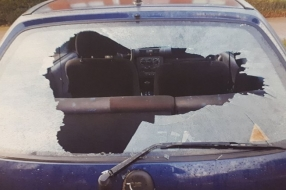 Beschonken autovandaal kotst politieauto onder in Wijchen
