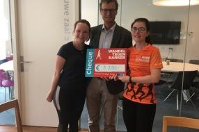 Lopen van Leiden naar Nijmegen: Julie en Heleen halen 5.250 euro op voor kankeronderzoek