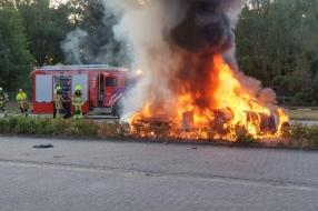 Twee auto's in Alverna in vlammen op