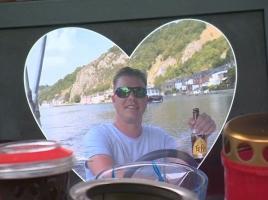 Pakketbezorger die man in Wijchen doodreed stak middelvinger op naar weduwe